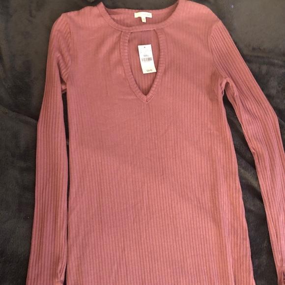 Wet Seal Dresses & Skirts - Long sleeved, mid height dress